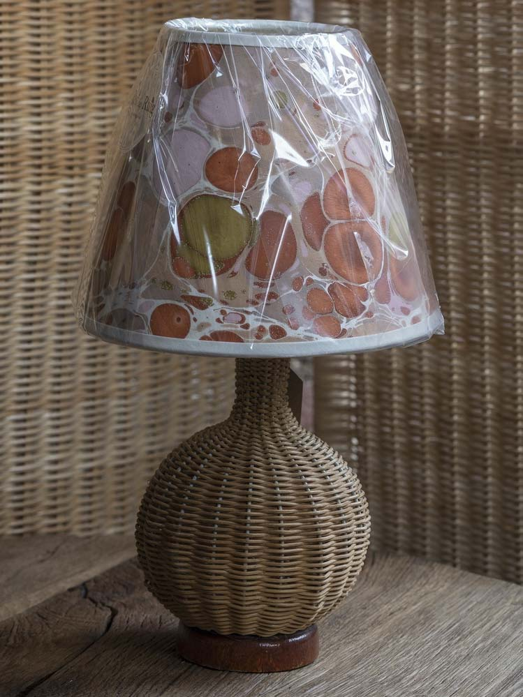 Vintage rattan table lamp
